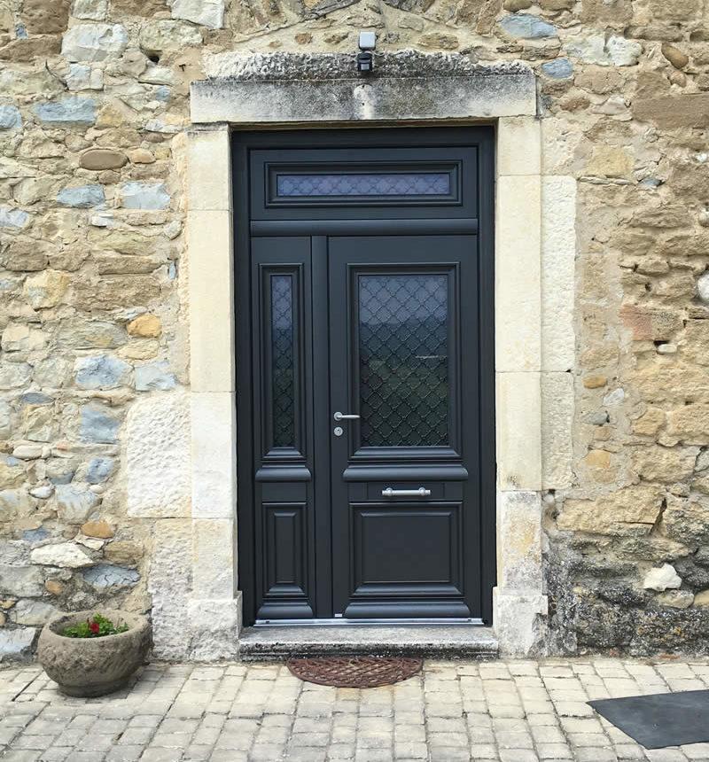 Pose porte d'entrée Valence