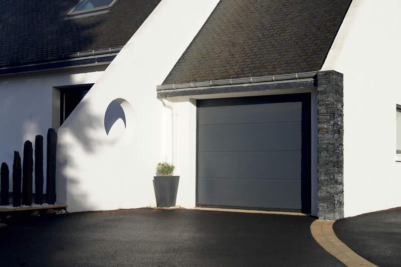 Installation porte de garage Valence